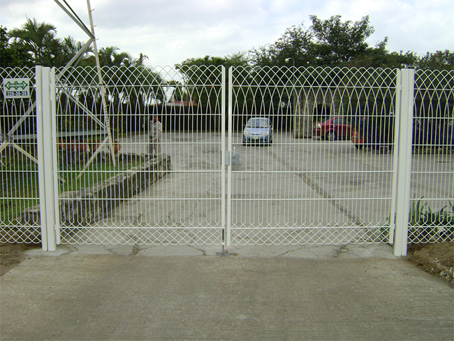 Milan Design Master Fence By Discount Fence Supply Inc