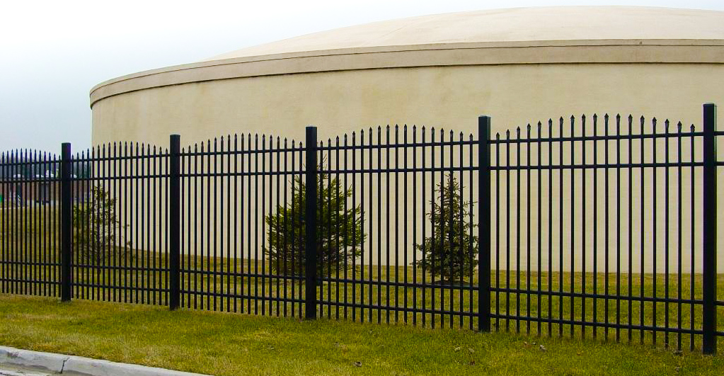 EFS 55 Aluminum Fence With Arched Pickets