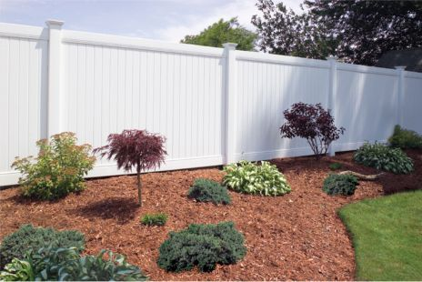 Lexington Privacy Vinyl Fence